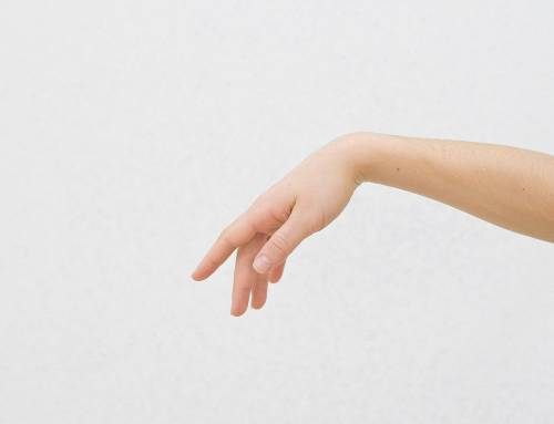 5 Common Hand Tendonitis Symptoms to Watch Out For